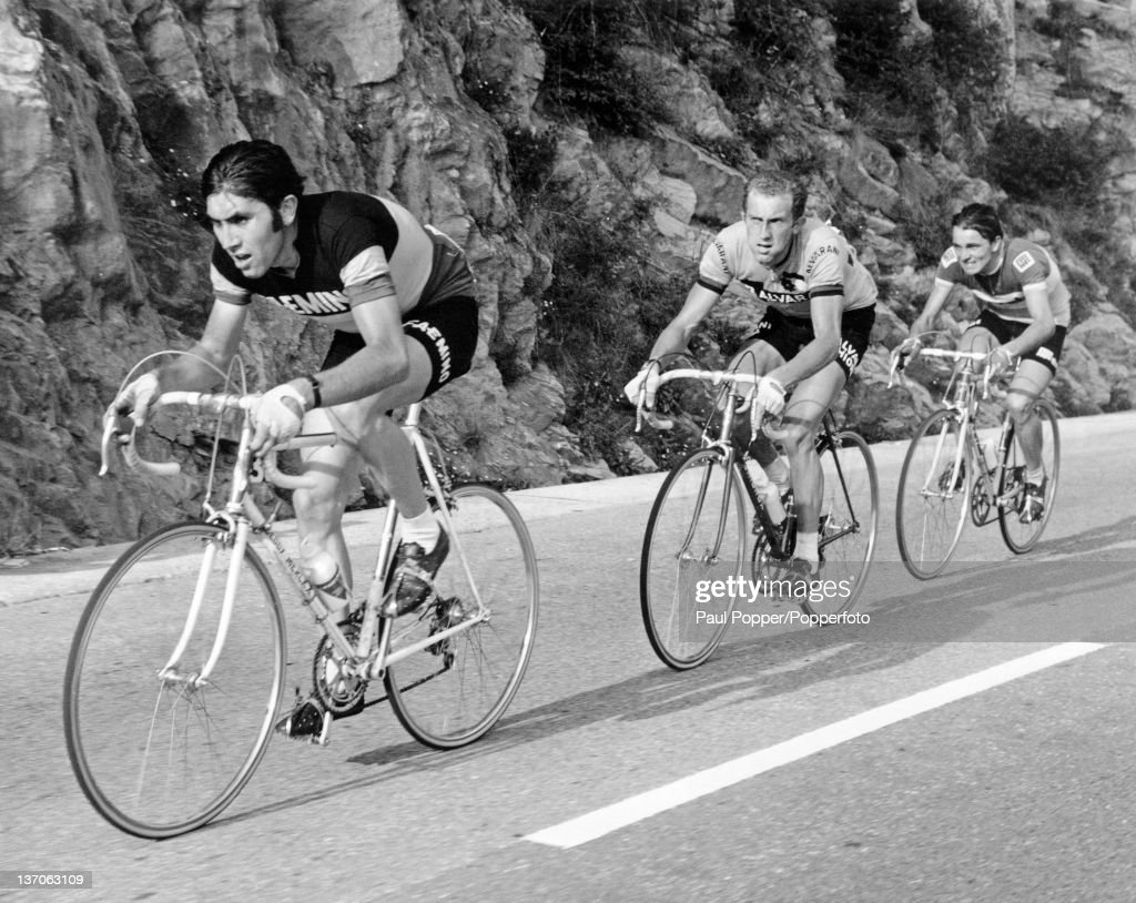 Belgian racing cyclist <a gi-track='captionPersonalityLinkClicked' href=/galleries/search?phrase=Eddy+Merckx&family=editorial&specificpeople=213957 ng-click='$event.stopPropagation()'>Eddy Merckx</a> (left) leading the Ghisallo climb during the Giro di Lombardia (Tour of Lombardy), Como, Italy, 10th October 1970.