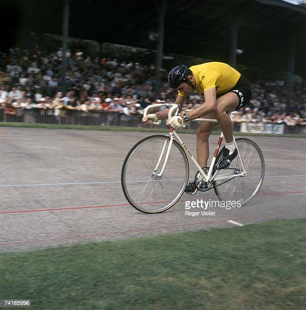 Belgian racing cyclist Eddy Merckx on the track 1970