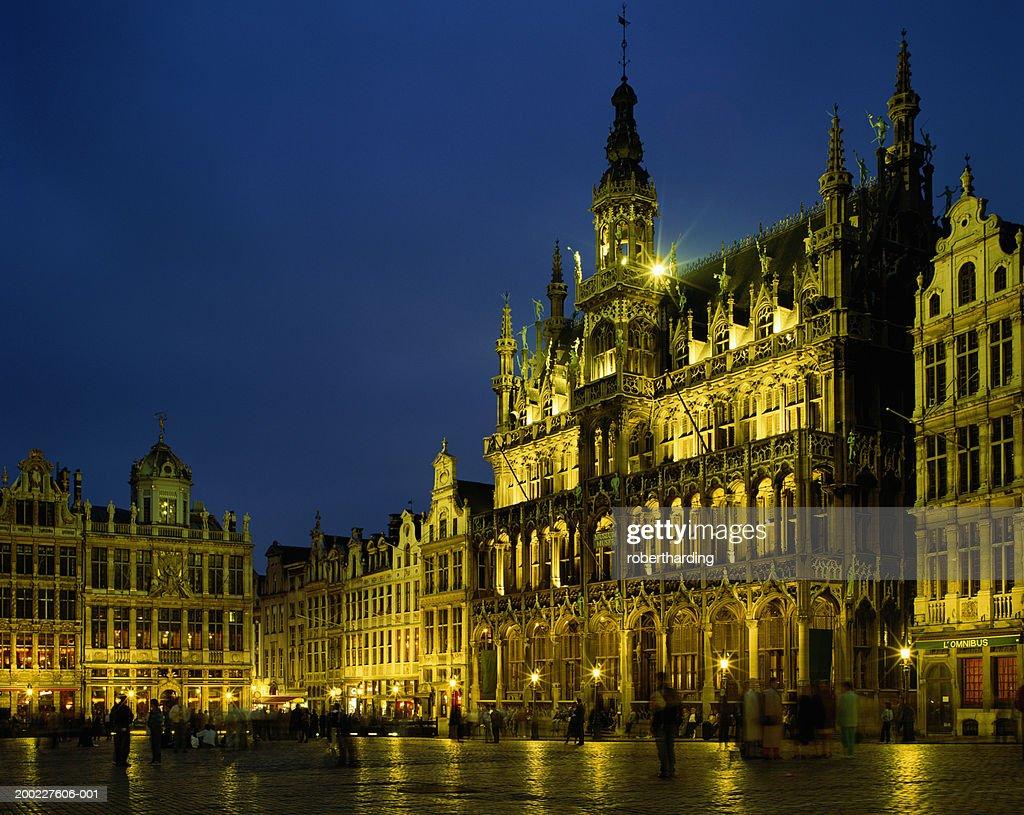 Belgium, Brussels, Grand-Place, Maison du Roi illuminated at night