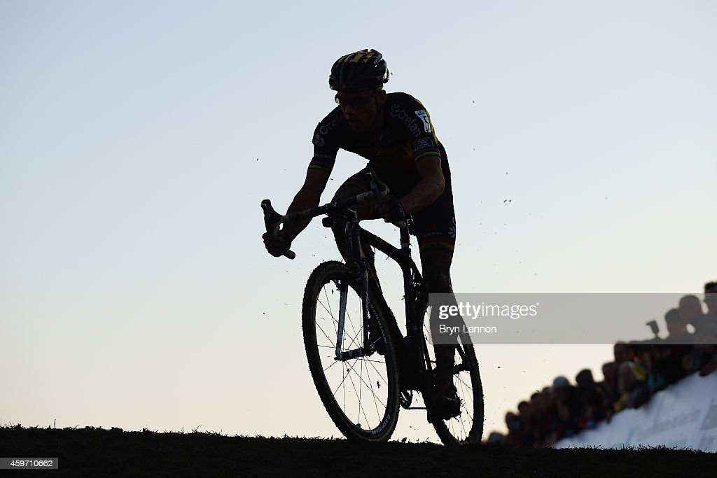 Belgium National Champion <a gi-track='captionPersonalityLinkClicked' href=/galleries/search?phrase=Sven+Nys&family=editorial&specificpeople=853956 ng-click='$event.stopPropagation()'>Sven Nys</a> starts his final lap during the UCI Cyclocross World Cup in Campbell Park on November 29, 2014 in Milton Keynes, England.