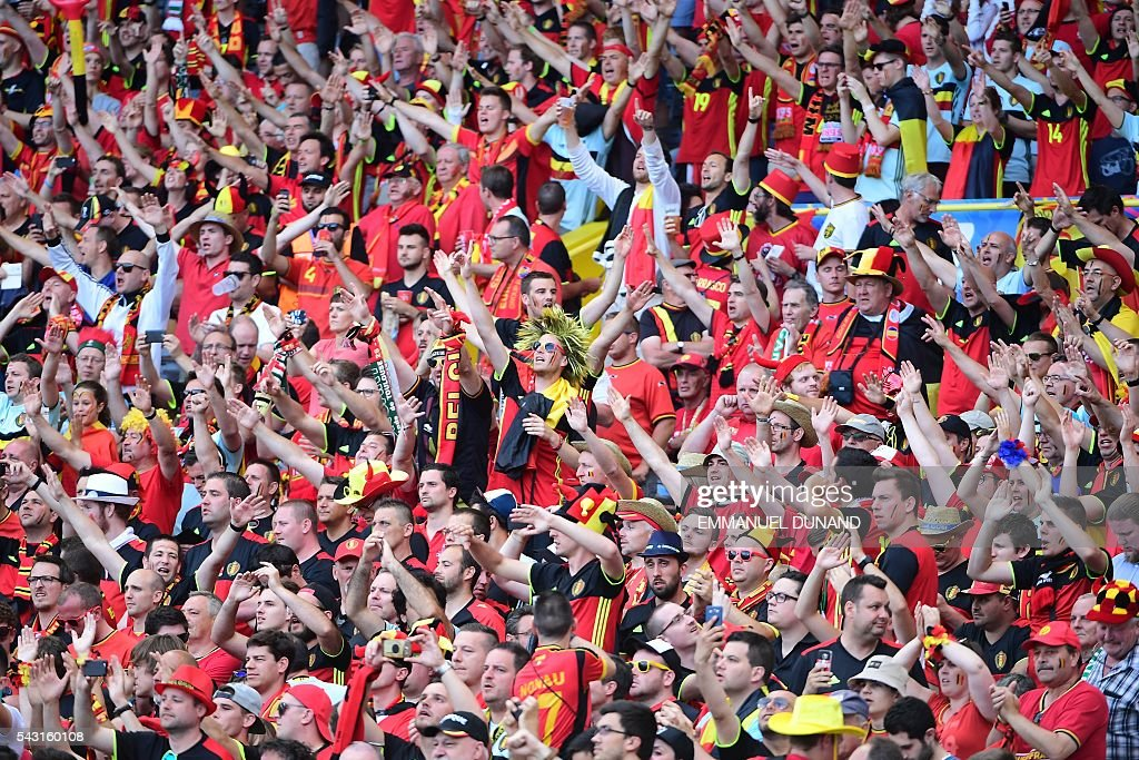 Belgium supporters cheer prior to the Euro 2016 round of 16 football match between Hungary and Belgium at the Stadium Municipal in Toulouse on June 26, 2016. / AFP / EMMANUEL