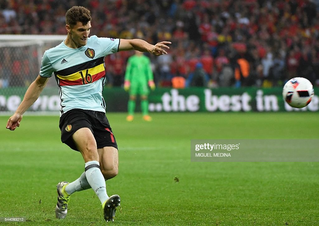 Belgium's defender Thomas Meunier kicks the ball during the Euro 2016 quarter-final football match between Wales and Belgium at the Pierre-Mauroy stadium in Villeneuve-d'Ascq near Lille, on July 1, 2016. / AFP / MIGUEL