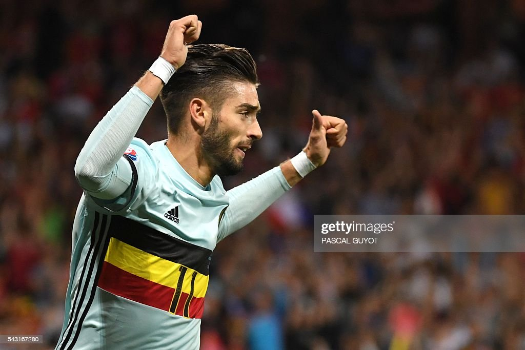 Belgium's forward Yannick Ferreira-Carrasco celebrates after scoring his team's fourth goal during the Euro 2016 round of 16 football match between Hungary and Belgium at the Stadium Municipal in Toulouse on June 26, 2016. / AFP / PASCAL