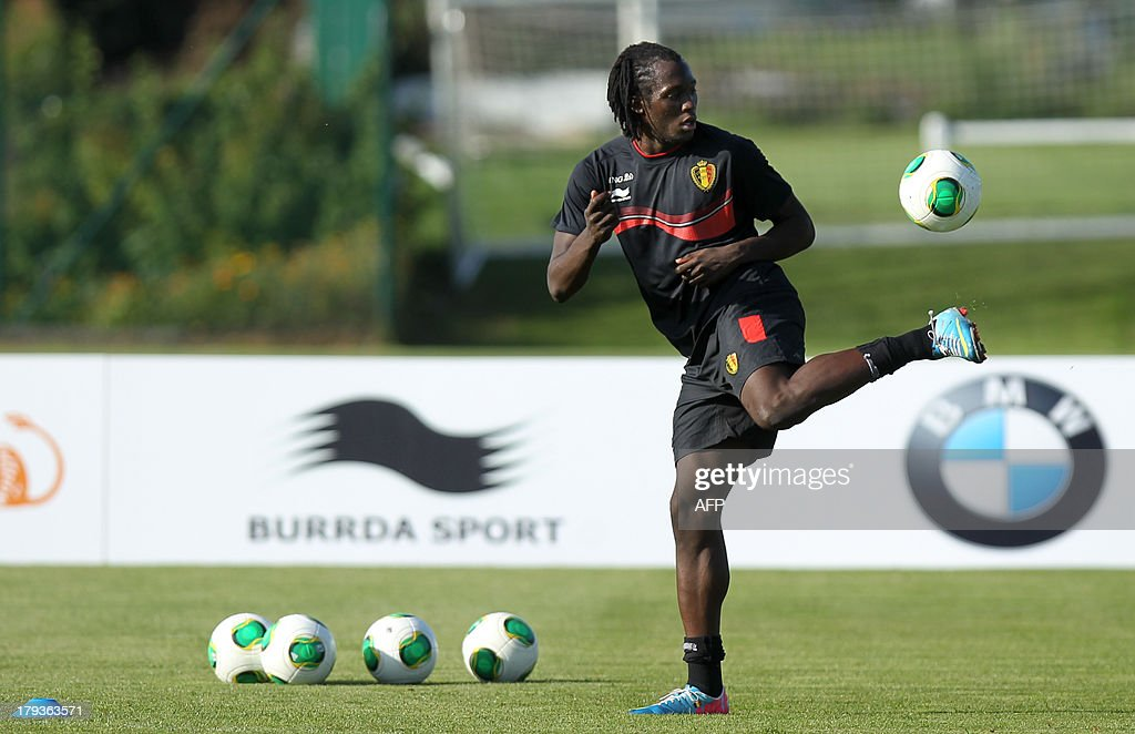 Belgium's Romelu Lukaku juggles with the ball during a training session of the Belgian national soccer team, on September 2, 2013 in Brussels, a few days before their 2014 World Cup qualifying match against Scotland in Glasgow. BELGA
