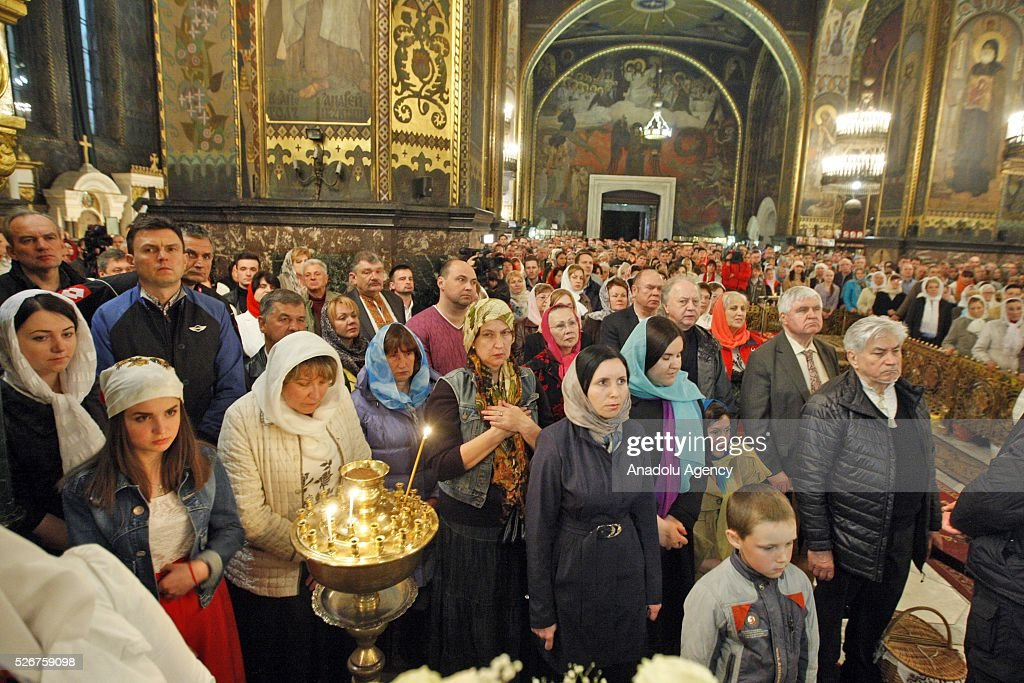 Believers attend the Orthodox Easter service at St. Volodymyr cathedral in Kiev, Ukraine,on May 01,2016.