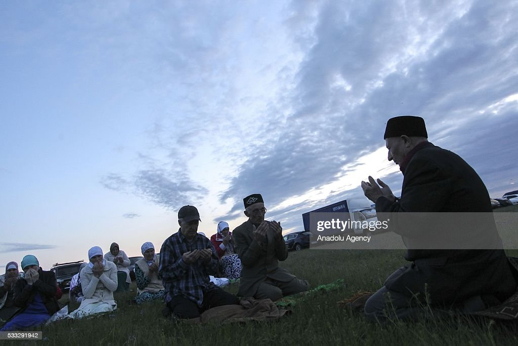 volga muslim The estimated 2014 population of russia,  the central and volga federal districts  65% were muslims,.