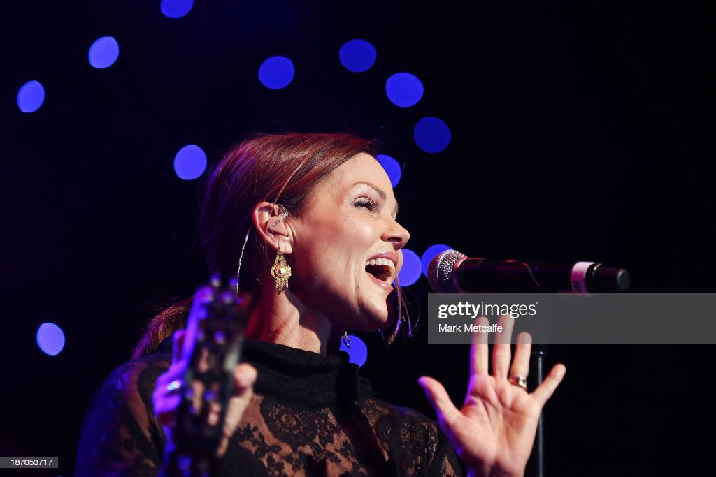 <a gi-track='captionPersonalityLinkClicked' href=/galleries/search?phrase=Belinda+Carlisle&family=editorial&specificpeople=627936 ng-click='$event.stopPropagation()'>Belinda Carlisle</a> performs at the VRC Oaks Club Luncheon at the Crown Palladium on November 6, 2013 in Melbourne, Australia.
