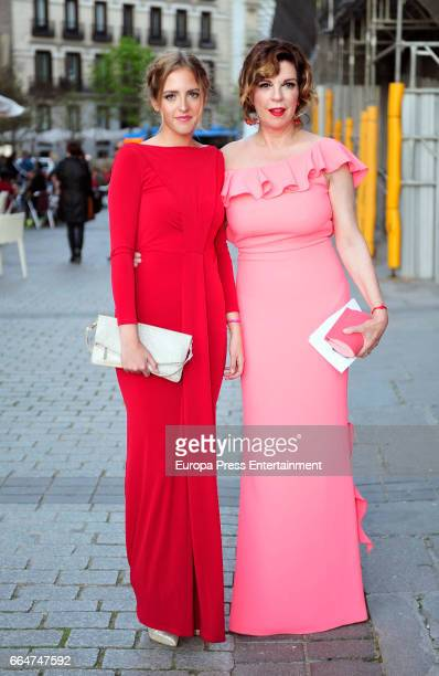 Belinda Washington and her daughter Andrea Pascual attend the Global Gift Gala 2017 at Royal Theatre on April 4 2017 in Madrid Spain