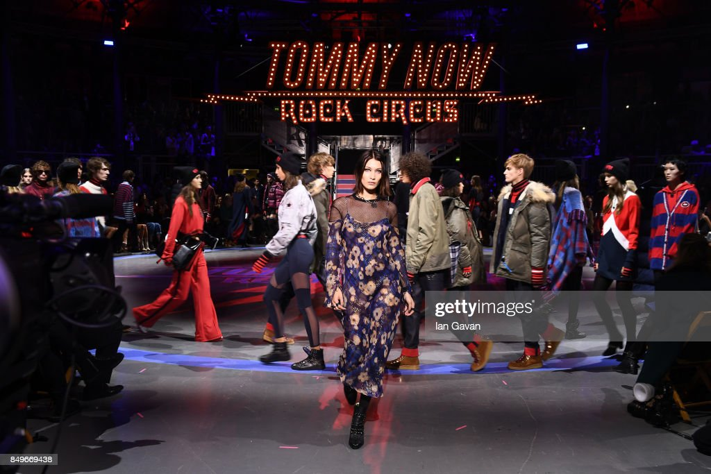 Bella Hadid (C) and models walk the runway at the Tommy Hilfiger TOMMYNOW Fall 2017 Show during London Fashion Week September 2017 at the Roundhouse on September 19, 2017 in London, England.