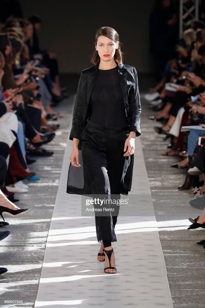Bella Hadid walks the runway at the Max Mara show during Milan Fashion Week Spring/Summer 2018 on September 21, 2017 in Milan, Italy.