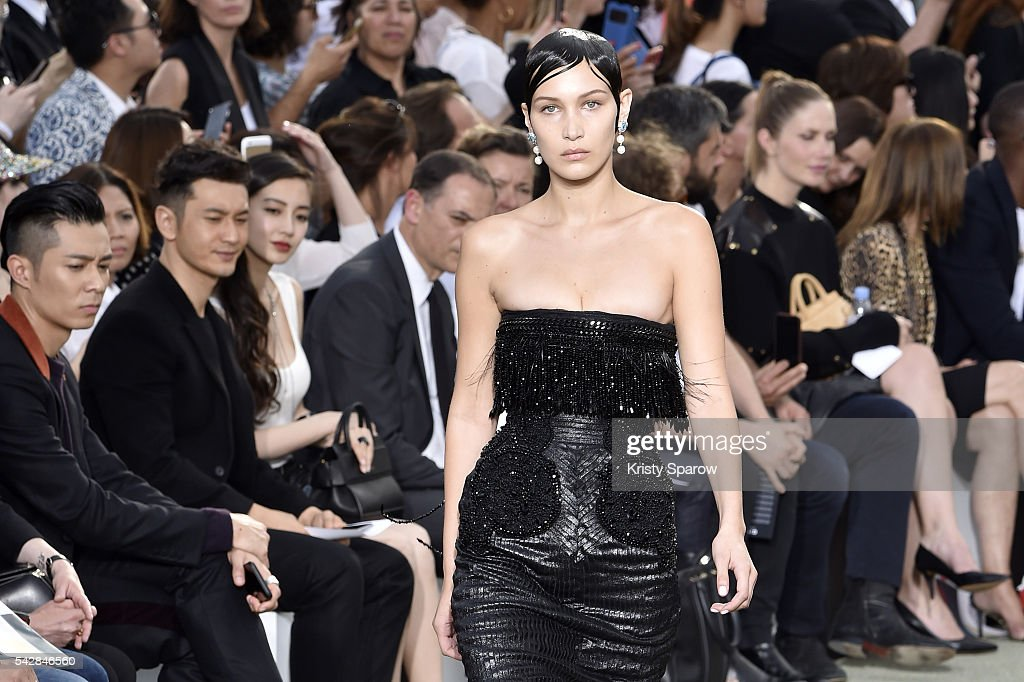 <a gi-track='captionPersonalityLinkClicked' href=/galleries/search?phrase=Bella+Hadid&family=editorial&specificpeople=7245032 ng-click='$event.stopPropagation()'>Bella Hadid</a> walks the runway during the Givenchy Menswear Spring/Summer 2017 show as part of Paris Fashion Week on June 24, 2016 in Paris, France.