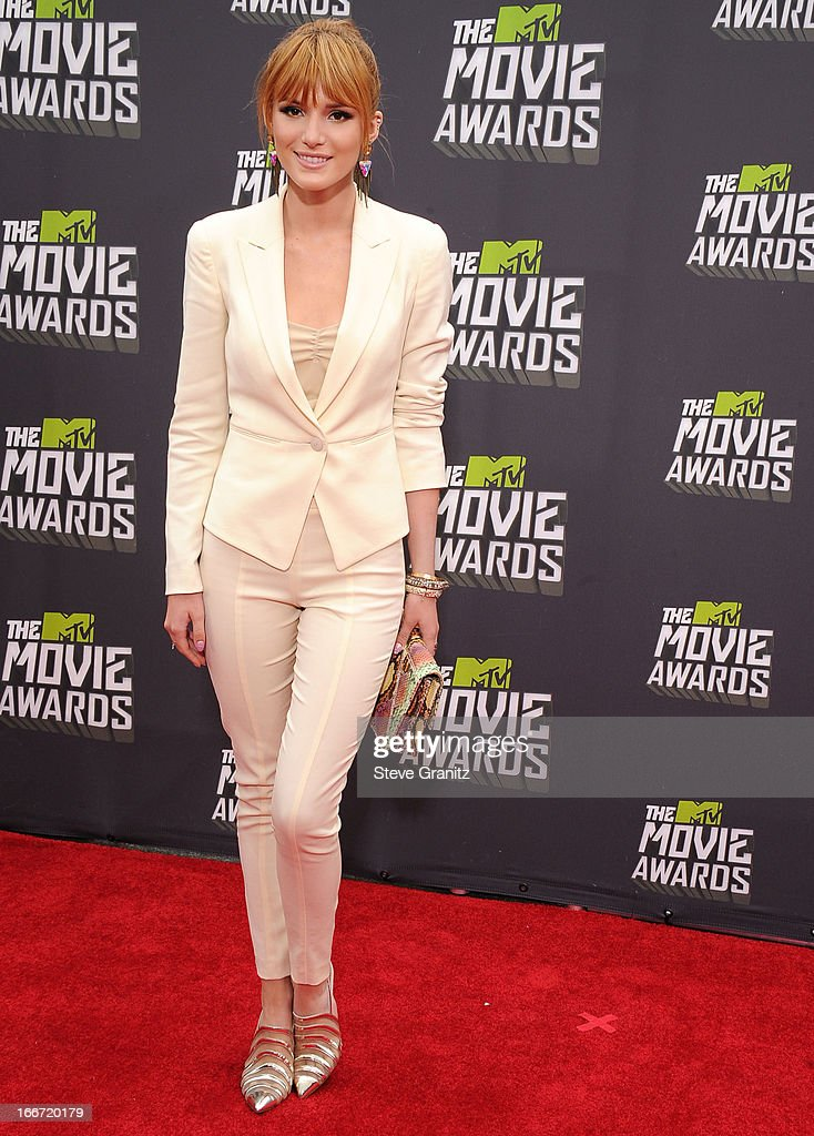Bella Thorne arrives at the 2013 MTV Movie Awards at Sony Pictures Studios on April 14, 2013 in Culver City, California.