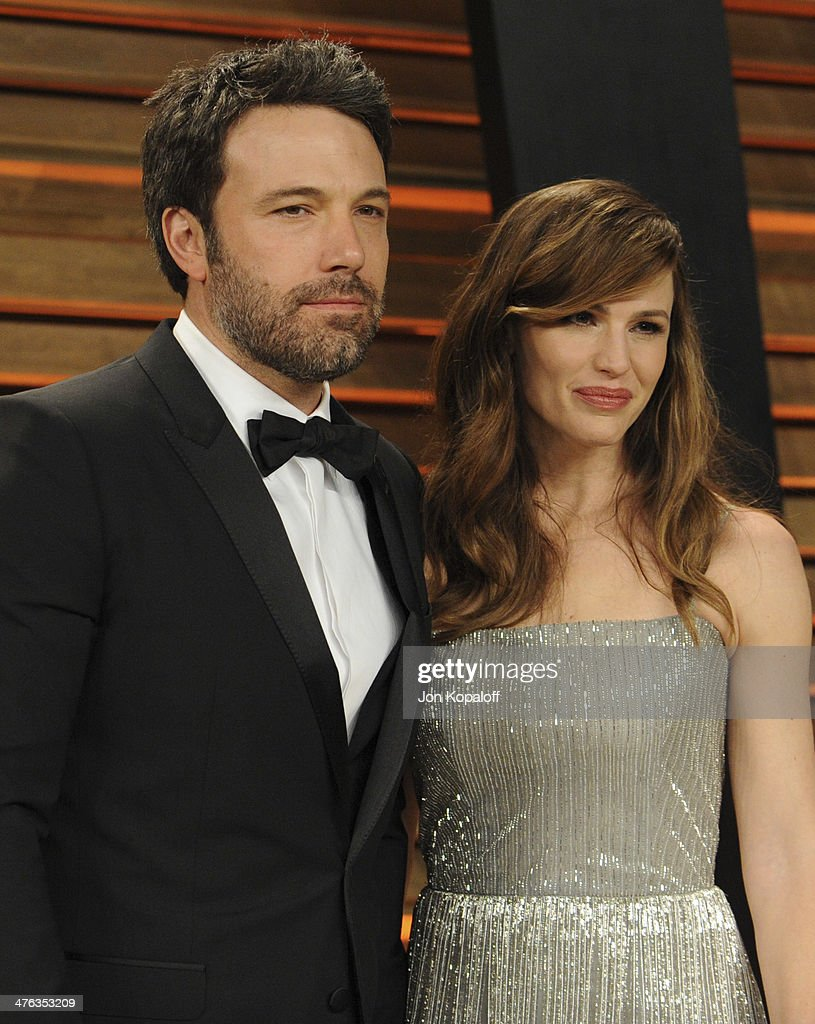 Ben Affleck and Jennifer Garner attend the 2014 Vanity Fair Oscar Party hosted by Graydon Carter on March 2 2014 in West Hollywood California