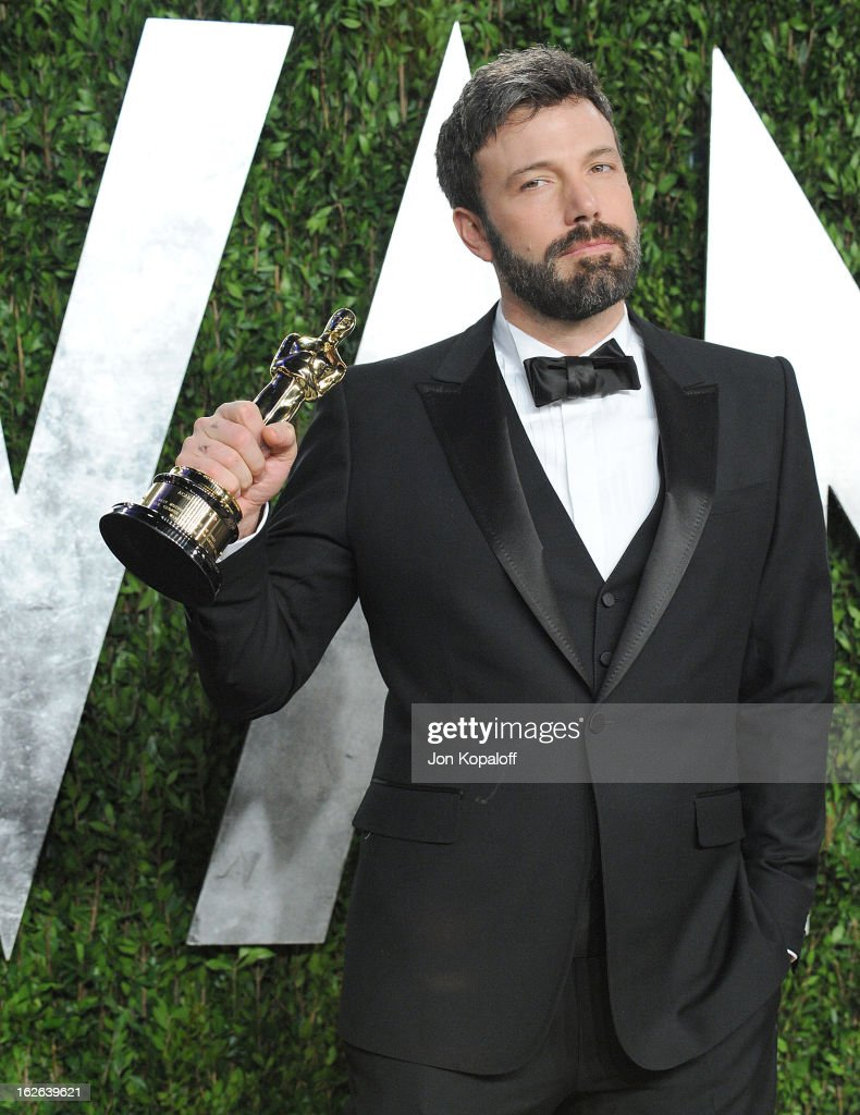 <a gi-track='captionPersonalityLinkClicked' href=/galleries/search?phrase=Ben+Affleck&family=editorial&specificpeople=201856 ng-click='$event.stopPropagation()'>Ben Affleck</a> attends the 2013 Vanity Fair Oscar party at Sunset Tower on February 24, 2013 in West Hollywood, California.