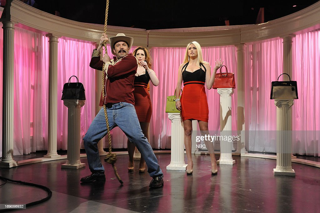 LIVE -- 'Ben Affleck' Episode 1641 -- Pictured: (l-r) Ben Affleck, Vanessa Bayer and Cecily Strong during a skit on May 18, 2013 --