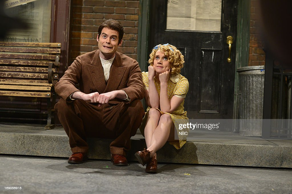 LIVE -- 'Ben Affleck' Episode 1641 -- Pictured: (l-r) Bill Hader and Kate McKinnon during a skit on May 18, 2013 --