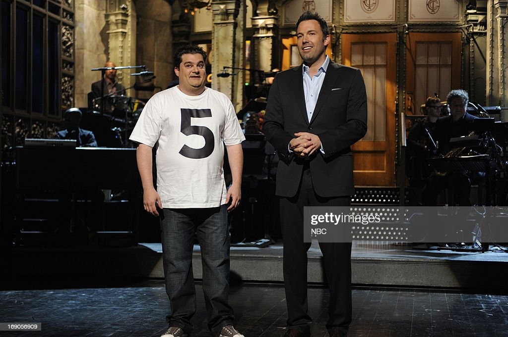 LIVE -- 'Ben Affleck' Episode 1641 -- Pictured: (l-r) Bobby Moynihan and Ben Affleck during the monologue on May 18, 2013 --