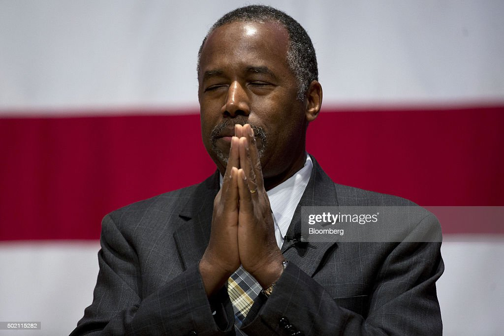 Ben Carson Holds New Hampshire Town Hall Meeting Getty