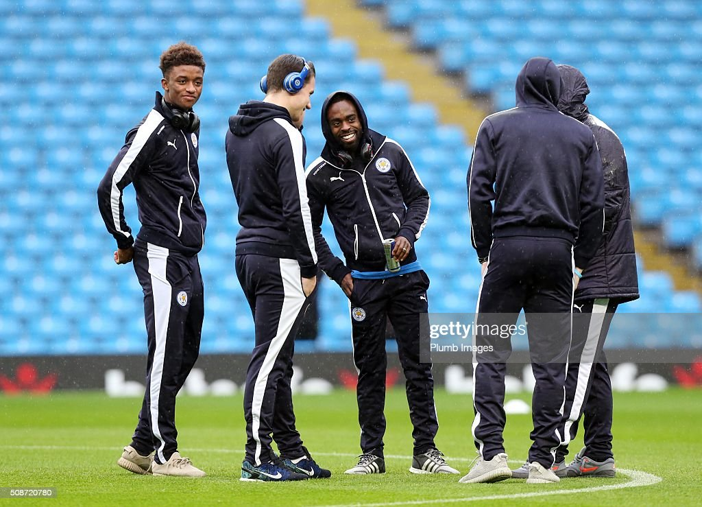 Ben Chigwell, Jamie Vardy, Nathan Dyer, Danny Drinkwater and Demarai Gray of Leicester City at the Etihad Stadium ahead of the Premier League match between Manchester City and Leicester City at Etihad Stadium on February 6, 2016 in Manchester, United Kingdom.
