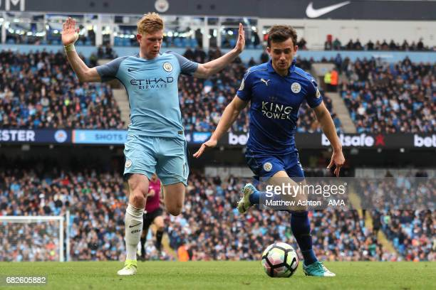 Ben Chilwell of Leicester City competes with Kevin de Bruyne of Manchester City during the Premier League match between Manchester City and Leicester...