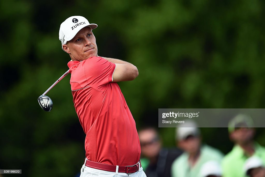 Ben Crane hits his tee shot on the third hole during the second round of the Zurich Classic at TPC Louisiana on April 29, 2016 in Avondale, Louisiana.