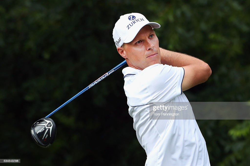 <a gi-track='captionPersonalityLinkClicked' href=/galleries/search?phrase=Ben+Crane&family=editorial&specificpeople=588003 ng-click='$event.stopPropagation()'>Ben Crane</a> plays his shot from the sixth tee during the First Round of the DEAN & DELUCA Invitational at Colonial Country Club on May 26, 2016 in Fort Worth, Texas.