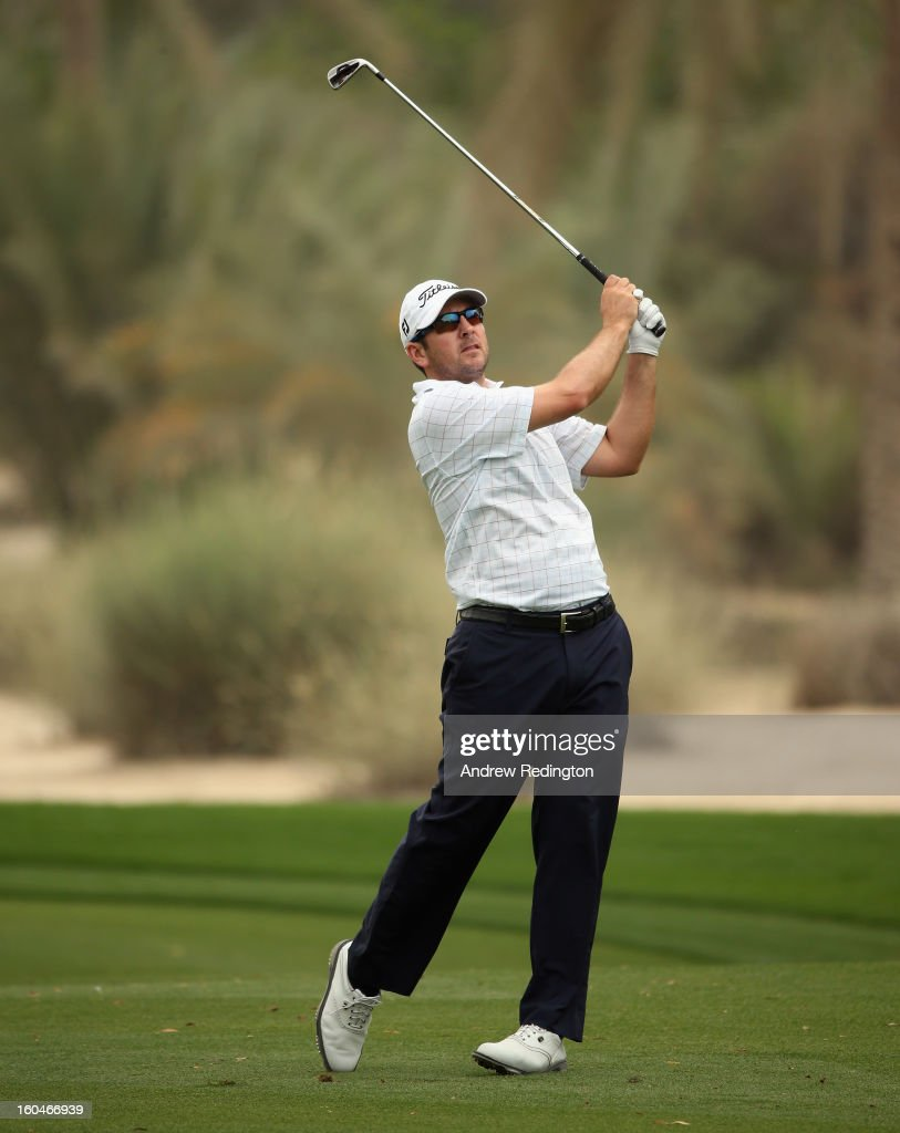 Ben Curtis of the USA in action during the second round of the Omega Dubai Desert Classic at Emirates Golf Club on February 1, 2013 in Dubai, United Arab Emirates.