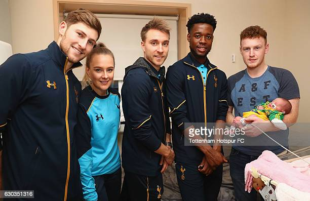 Ben Davies Josie Green Christian Eriksen and Josh Onomah of Tottenham Hotspur deliver Christmas presents to Children at Barnet Hospital on December...