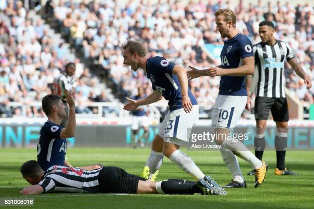 Ben Davies of Tottenham Hotspur celebrates scoring his sides second goal with Christian Eriksen of Tottenham Hotspur and Harry Kane of Tottenham...