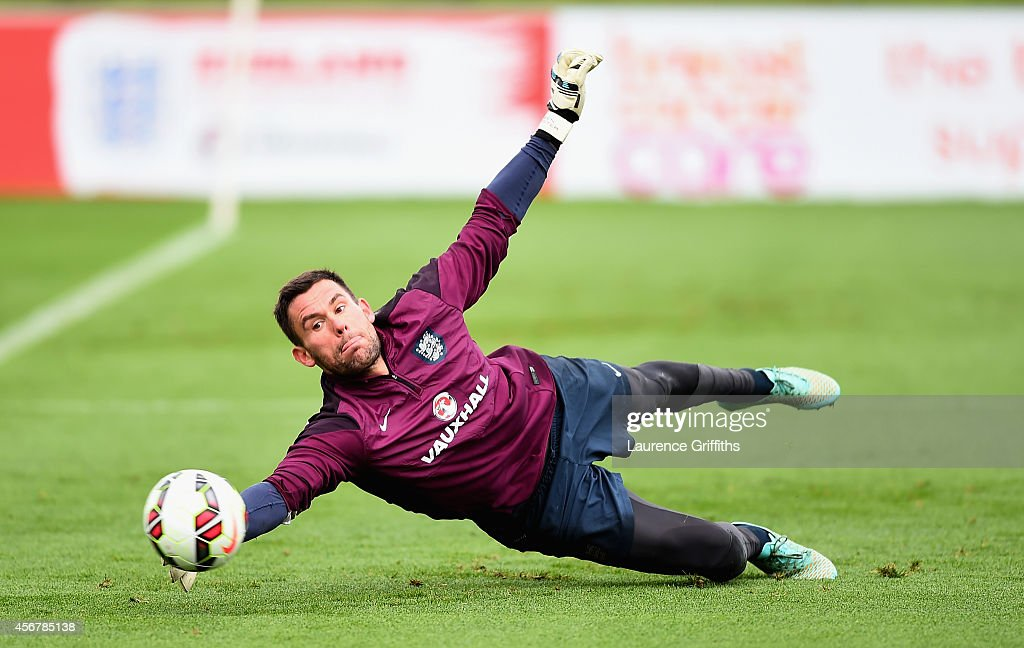 <a gi-track='captionPersonalityLinkClicked' href=/galleries/search?phrase=Ben+Foster+-+Football&family=editorial&specificpeople=5333104 ng-click='$event.stopPropagation()'>Ben Foster</a> of England in action during a training session at St Georges Park on October 7, 2014 in Burton-upon-Trent, England.