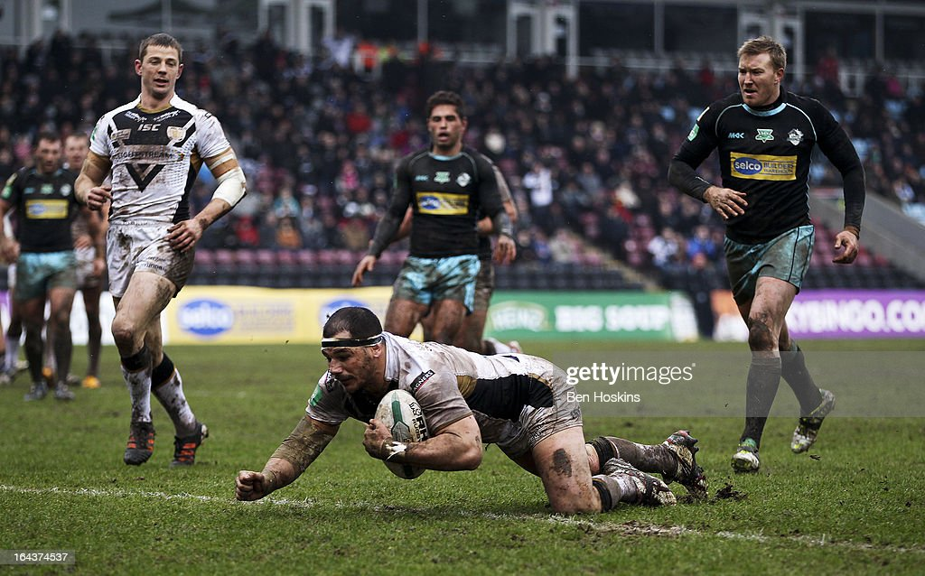 <a gi-track='captionPersonalityLinkClicked' href=/galleries/search?phrase=Ben+Galea&family=editorial&specificpeople=228798 ng-click='$event.stopPropagation()'>Ben Galea</a> of Hull dives over to score a try during the Super League match between London Broncos and Hull at Twickenham Stoop on March 23, 2013 in London, England.