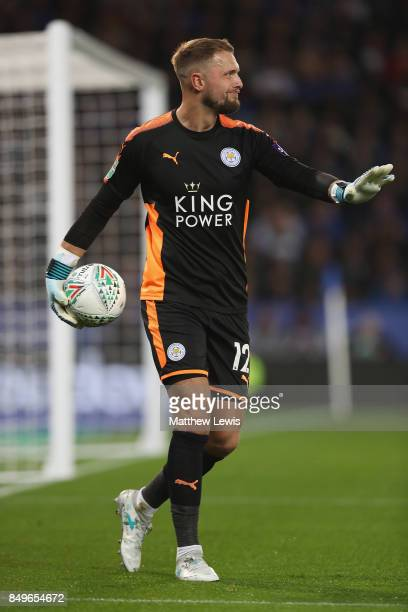 Ben Hamer of Lecicester City in action during the Carabao Cup Third Round match between Leicester City and Liverpool at The King Power Stadium on...