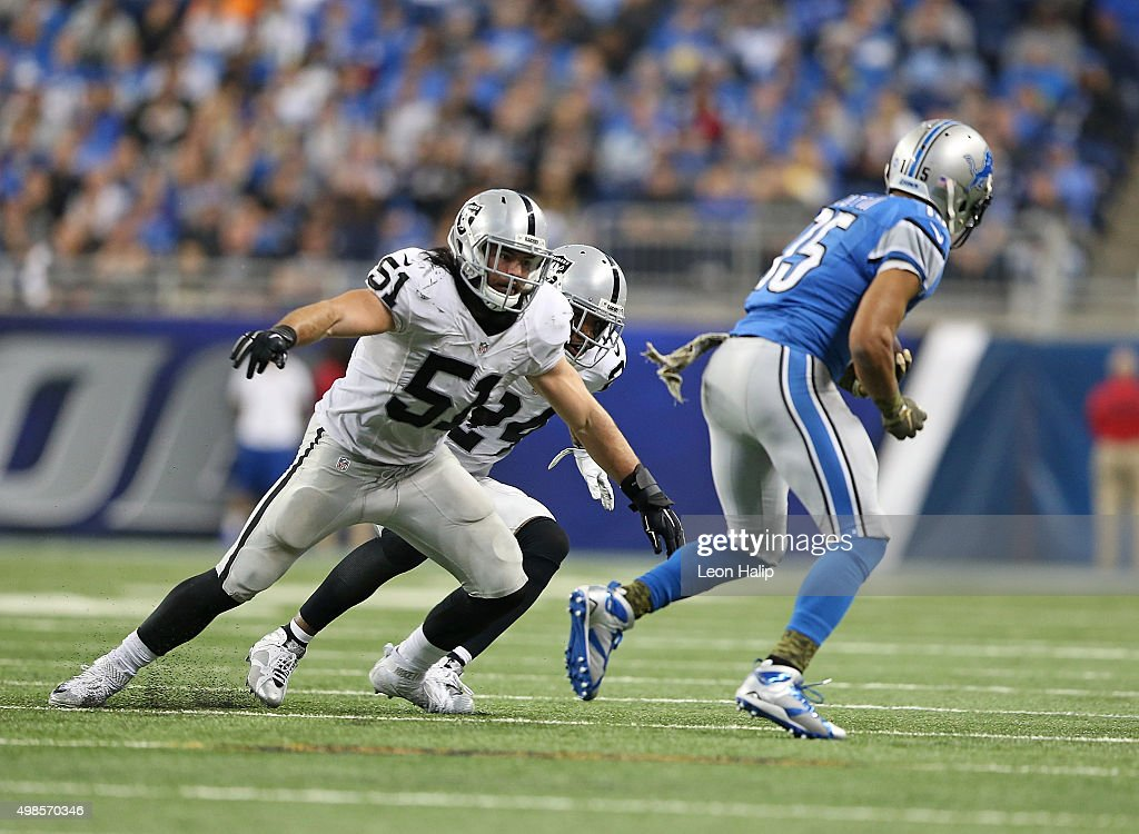 <a gi-track='captionPersonalityLinkClicked' href=/galleries/search?phrase=Ben+Heeney&family=editorial&specificpeople=9689082 ng-click='$event.stopPropagation()'>Ben Heeney</a> #51 of the Oakland Raiders gets ready to make the stop on <a gi-track='captionPersonalityLinkClicked' href=/galleries/search?phrase=Golden+Tate&family=editorial&specificpeople=4500989 ng-click='$event.stopPropagation()'>Golden Tate</a> #15 of the Detroit Lions during the second quarter of the game on November 22, 2015 at Ford Field in Detroit, Michigan. The Lions defeated the Raiders 18-13.