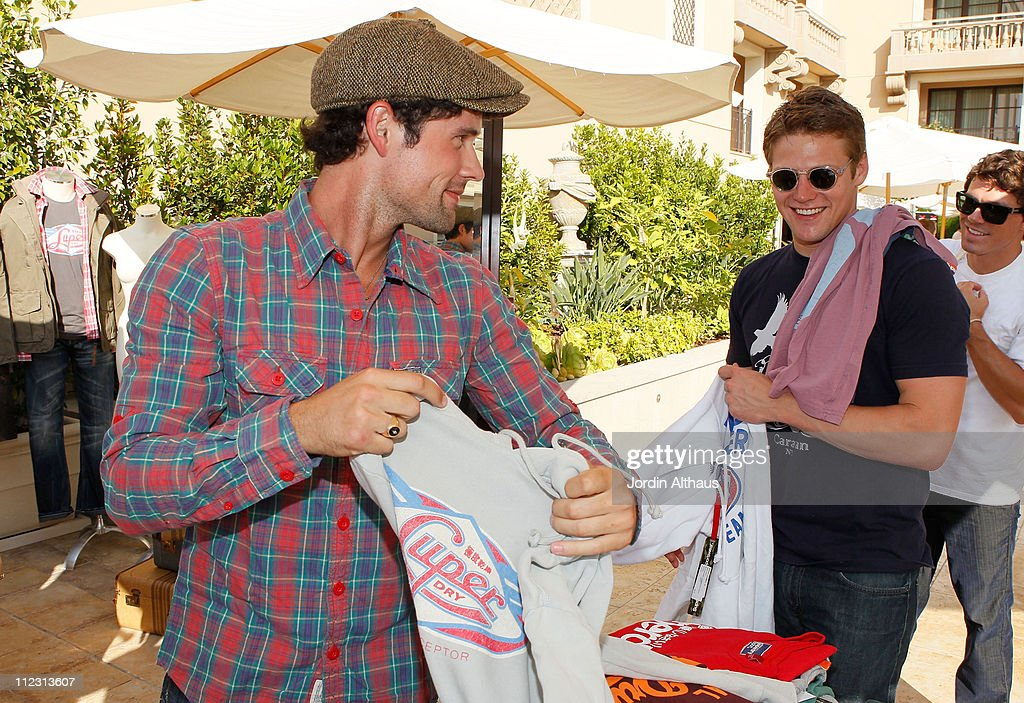 Ben Hollingsworth (L) and Zach Roerig pose with Superdry at the Kari Feinstein MTV Movie Awards Style Lounge held at Montage Beverly Hills on June 4, 2010 in Beverly Hills, California.