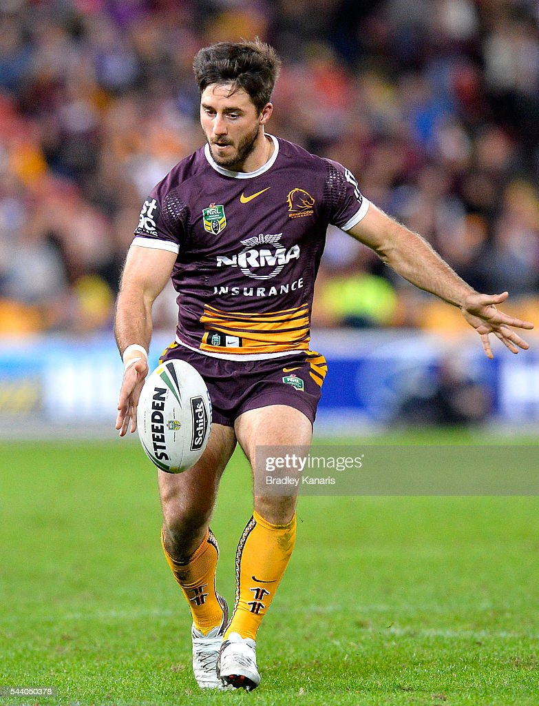 <a gi-track='captionPersonalityLinkClicked' href=/galleries/search?phrase=Ben+Hunt+-+Rugby+Player&family=editorial&specificpeople=13397153 ng-click='$event.stopPropagation()'>Ben Hunt</a> of the Broncos kicks the ball during the round 17 NRL match between the Brisbane Broncos and the Melbourne Storm at Suncorp Stadium on July 1, 2016 in Brisbane, Australia.