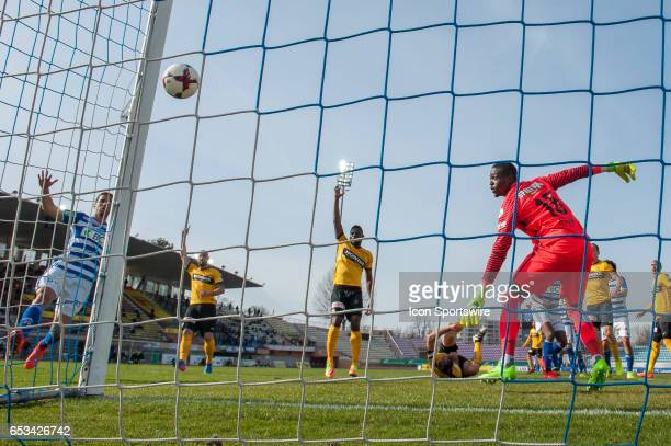 Ben Khalifa tries to score against Goalkeeper Yvon Mvogo during the Swiss Super League match between FC LausanneSport and BSC Young Boys at Stade...