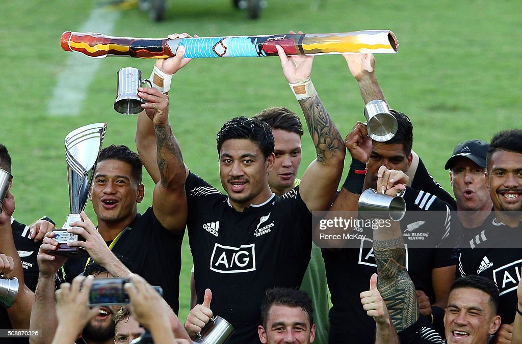 Ben Lam holds a didgeridoo after NZ's win at the 2016 Sydney Sevens Final between New Zealand and Australia at Allianz Stadium on February 7 2016 in...