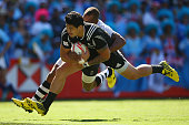 Ben Lam of New Zealand scores a try during the 2016 Sydney Sevens cup semi final match between New Zealand and Fiji at Allianz Stadium on February 7...