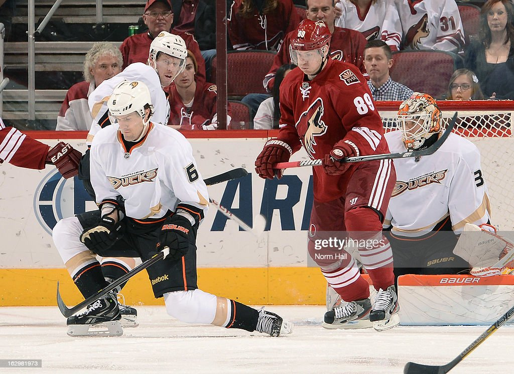 <a gi-track='captionPersonalityLinkClicked' href=/galleries/search?phrase=Ben+Lovejoy&family=editorial&specificpeople=4509565 ng-click='$event.stopPropagation()'>Ben Lovejoy</a> #6 of the Anaheim Ducks blocks a shot in front of <a gi-track='captionPersonalityLinkClicked' href=/galleries/search?phrase=Mikkel+Boedker&family=editorial&specificpeople=4697252 ng-click='$event.stopPropagation()'>Mikkel Boedker</a> #89 of the Phoenix Coyotes at Jobing.com Arena on March 2, 2013 in Glendale, Arizona.