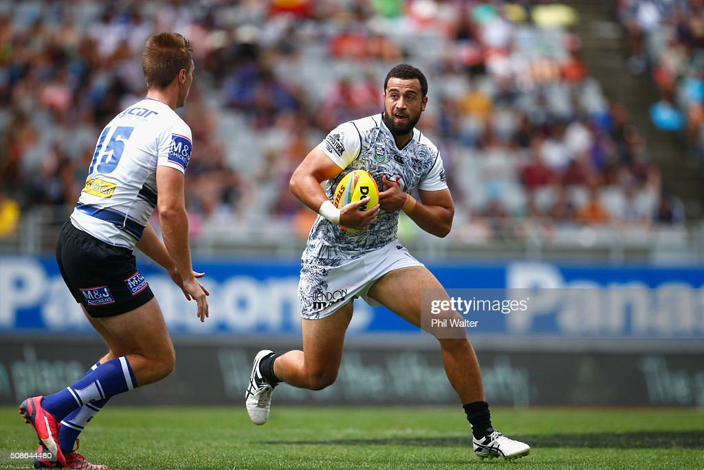 Ben Matulino of the Warriors makes a break during the match between the New Zealand Warriors and the Bulldogs during the 2016 NRL Auckland Nines at Eden Park on February 6, 2016 in Auckland, New Zealand.