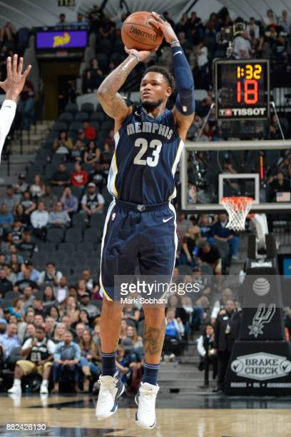 Ben McLemore of the Memphis Grizzlies shoots the ball against the San Antonio Spurs on November 29 2017 at the ATT Center in San Antonio TX NOTE TO...