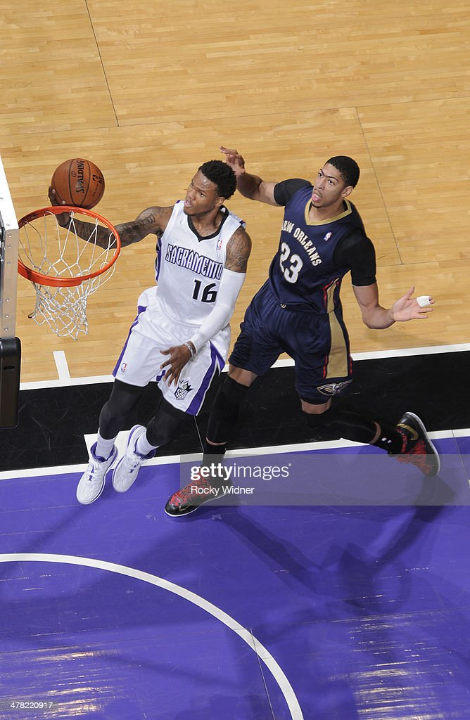 Ben McLemore #16 of the Sacramento Kings shoots a layup against Anthony Davis #23 of the New Orleans Pelicans on March 3, 2014 at Sleep Train Arena in Sacramento, California.