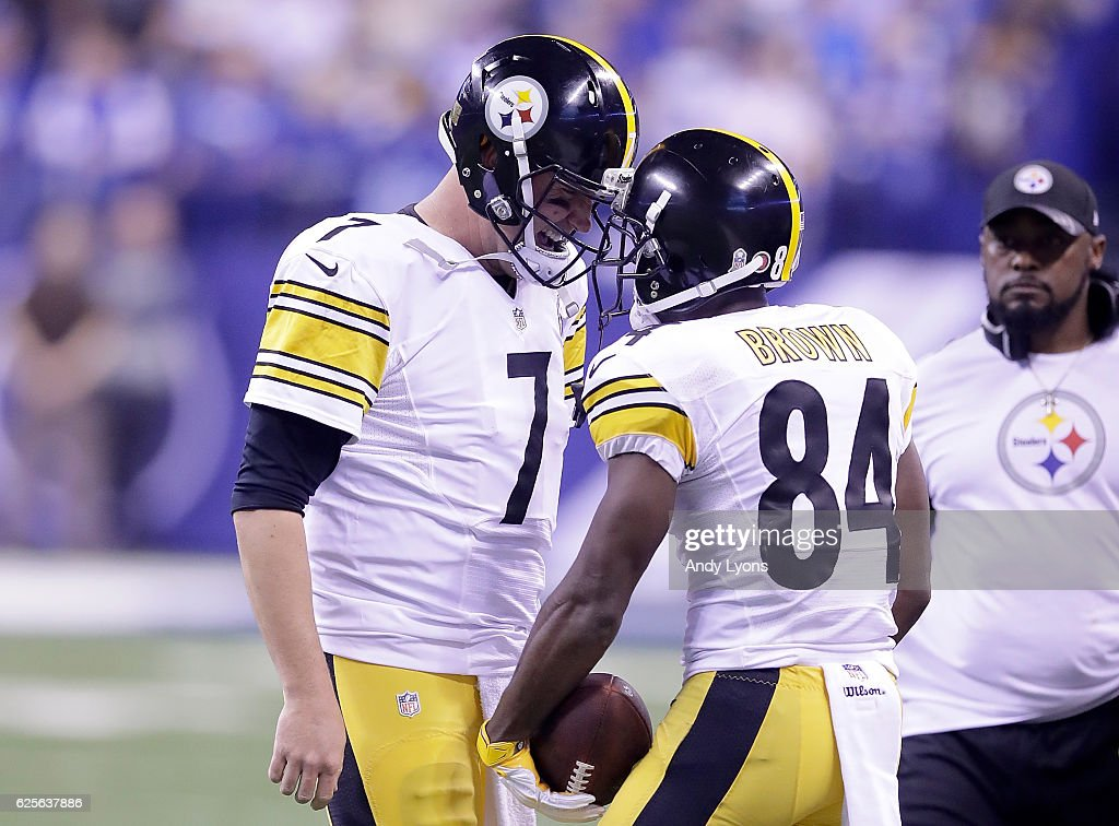 Ben Roethlisberger #7 of the Pittsburgh Steelers and Antonio Brown #84 of the Pittsburgh Steelers react after the pair connected for a touchdown in the second quarter of the game against the Indianapolis Colts at Lucas Oil Stadium on November 24, 2016 in Indianapolis, Indiana.