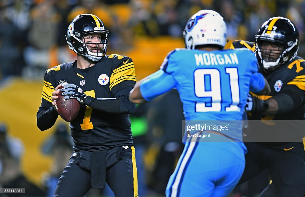 Ben Roethlisberger #7 of the Pittsburgh Steelers drops back to pass in the first quarter during the game against the Tennessee Titans at Heinz Field on November 16, 2017 in Pittsburgh, Pennsylvania.