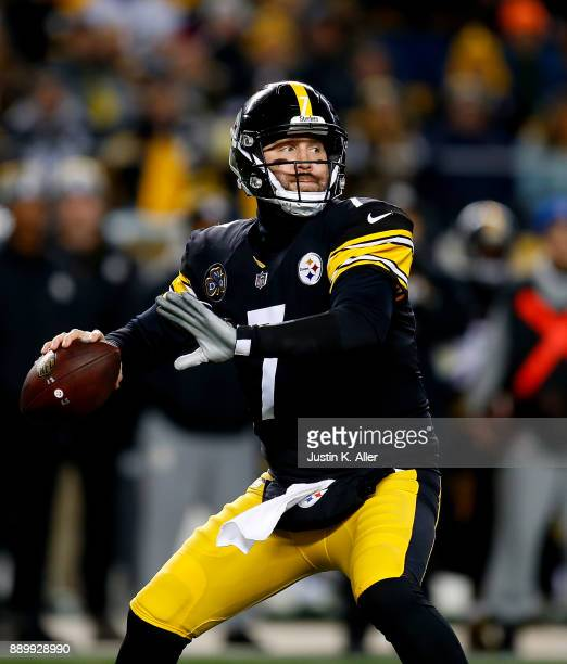 Ben Roethlisberger of the Pittsburgh Steelers drops back to pass in the first quarter during the game against the Baltimore Ravens at Heinz Field on...