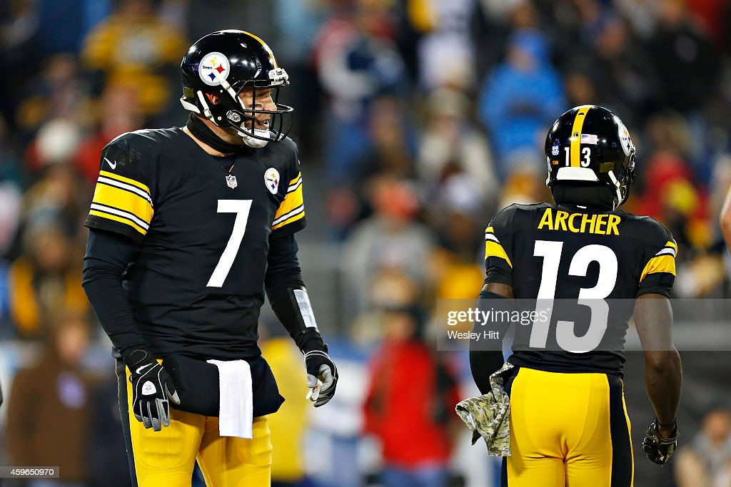 <a gi-track='captionPersonalityLinkClicked' href=/galleries/search?phrase=Ben+Roethlisberger&family=editorial&specificpeople=201605 ng-click='$event.stopPropagation()'>Ben Roethlisberger</a> #7 talks with <a gi-track='captionPersonalityLinkClicked' href=/galleries/search?phrase=Dri+Archer&family=editorial&specificpeople=9689813 ng-click='$event.stopPropagation()'>Dri Archer</a> #13 of the Pittsburgh Steelers during the second quarter of a game against the Tennessee Titans at LP Field on November 17, 2014 in Nashville, Tennessee. The Steelers defeated the Titans 27-24.
