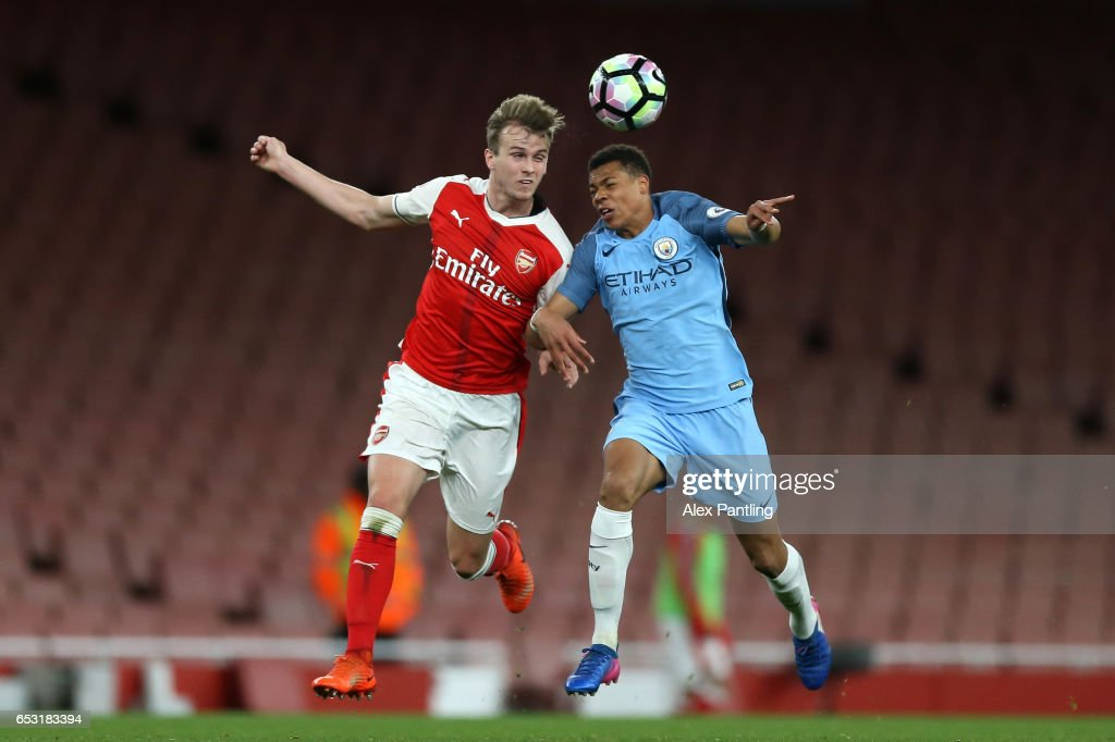 Ben Sheaf of Arsenal and Cameron Humphreys of Manchester City in action during the Premier League 2 match between Arsenal and Manchester City at Emirates Stadium on March 13, 2017 in London, England.