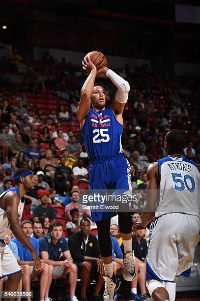 Ben Simmons of the Philadelphia 76ers shoots against Darion Atkins of the Golden State Warriors during the 2016 NBA Las Vegas Summer League on July...