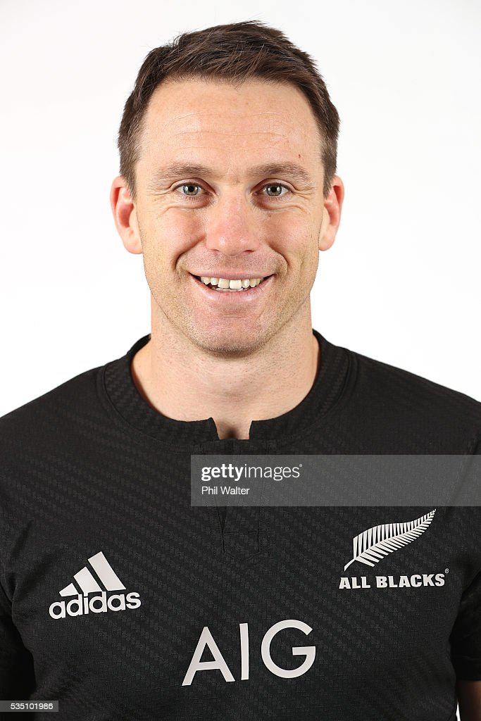 <a gi-track='captionPersonalityLinkClicked' href=/galleries/search?phrase=Ben+Smith+-+Rugbyer&family=editorial&specificpeople=11650283 ng-click='$event.stopPropagation()'>Ben Smith</a> of the All Blacks poses for a portrait during a New Zealand All Black portrait session on May 29, 2016 in Auckland, New Zealand.