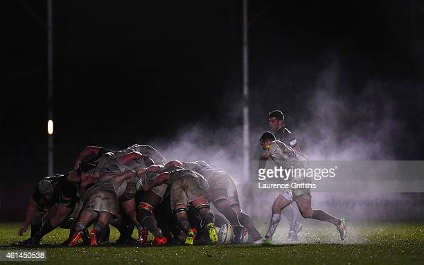 Ben Spenser of Saracens watches over the scrum during the Aviva Premiership Rugby A League Final between Worcester Cavaliers and Saracens Storm at...